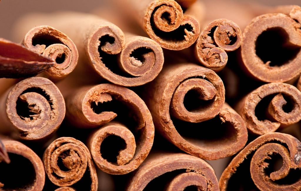 especias india canela